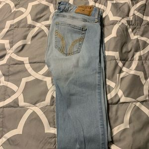 Hollister skinny jeans size 00!